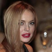 Actress Lindsay Lohan attends the White House Correspondents' Association annual dinner in Washington in this April 28, 2012 file photo.