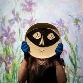 Pablo Picasso ceramic plate 'Tete au masque'