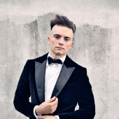 Organist Cameron Carpenter to Perform Music for Horror Film 'The Cabinet of Dr. Caligari' at Symphony Center on Halloween