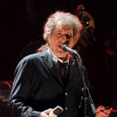 Bob Dylan Announces Frank Sinatra Cover LP 'Shadows in the Night,' Shares Cover of 'Full Moon and Empty Arms'
